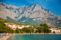 Baska Voda Horvátország déli részén található a szárazföldön, a Biokovo hegység lábainál