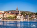 Mirca Horvátországban a Brac sziget északi partján helyezkedik el. (P: iha hollidays)