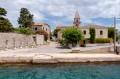 Osor Horvátország alig ismert, de kedves, mediterrán települése a Cres sziget déli végén.