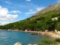 Ruskamen Horvátországban az Omis Riviérán Omis és Makarska között fekszik a szárazföldön. (P: Adriatyk.com)