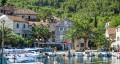 Stomorska Horvátországban a Solta sziget keleti partján fekvő település.