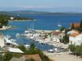 Zman Horvátországban a Dugi sziget keleti partján fekszik. (P: mapio.net)