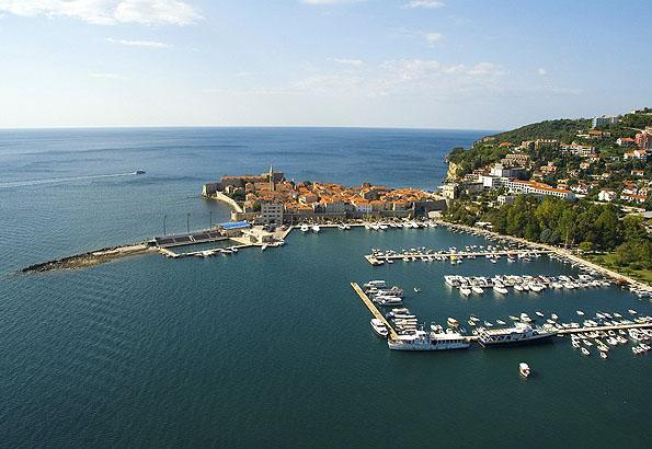 A tengerparton Budva a legszebb középkori, velencei erőd