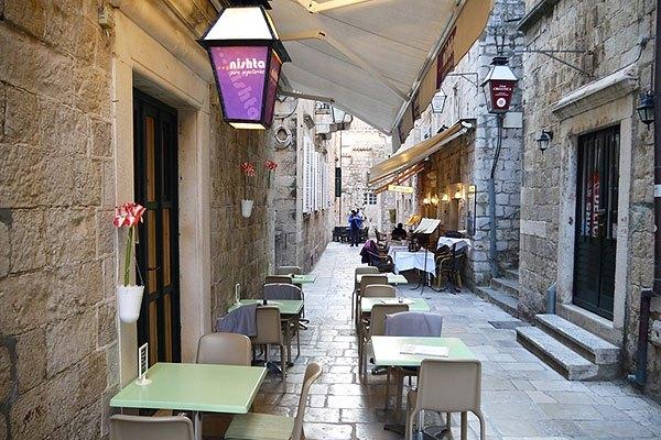 Fontos tudni, egy vegetáriánus étterem Dubrovnikban a Nishta