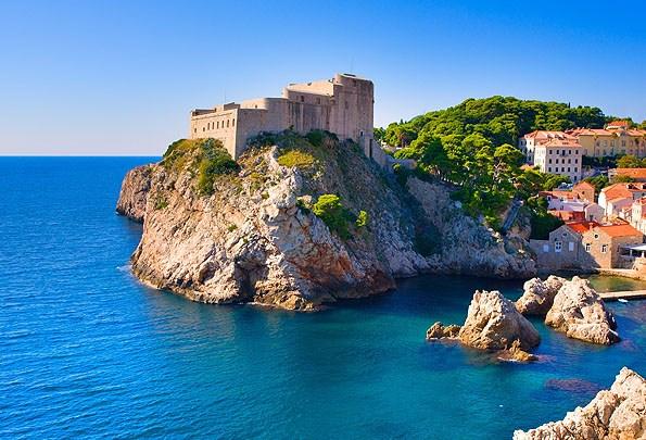 Dubrovnik nyugati bástyája a Lovrijenac erőd.