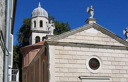 Egészség Istenő temploma Zadar északi felén