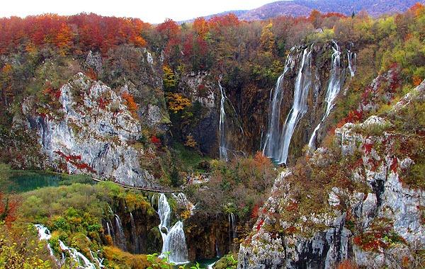 A Plitvicei tavak ősszel is nagyon szép