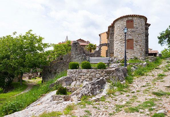 Hum Horvátország legkisebb települése
