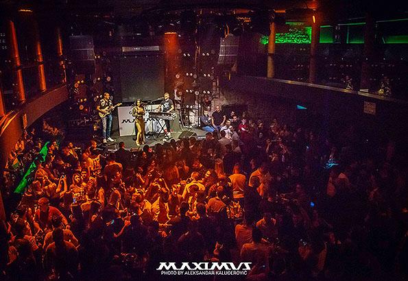 A legjobb szórakozóhely Kotorban a Maximus disco.