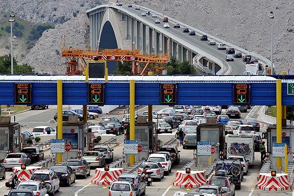 A Krk híd a régió jelképe