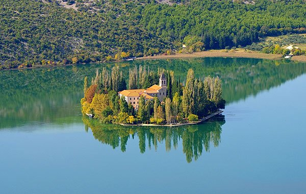 Visovac és a ferences kolostor