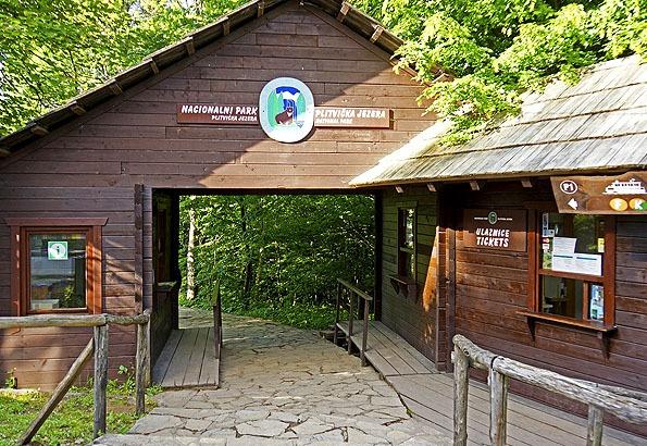 Ez a Plitvicei tavak bejárata