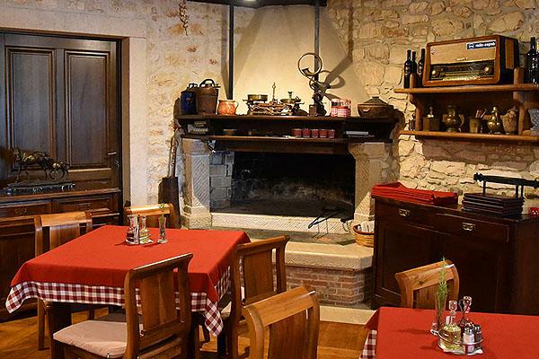 A Monte Rosso étterem Porec külterületén