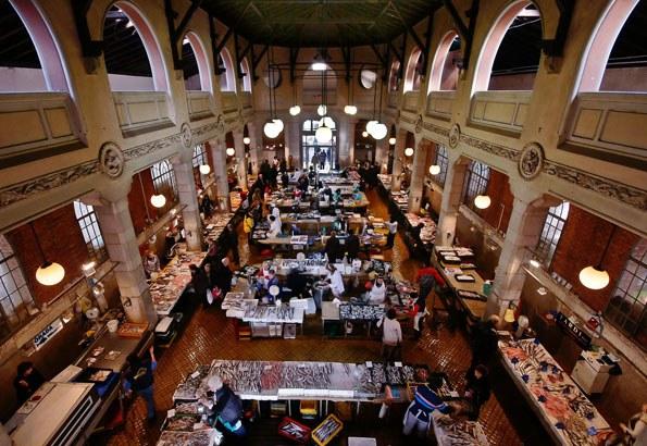 A helyi piac épülete