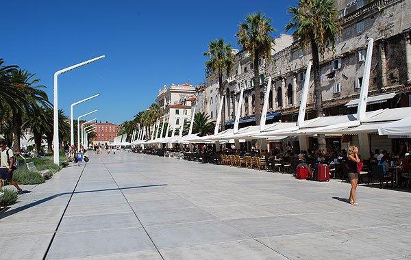 Eredetileg a Split sétányig ért egykoron a tenger.