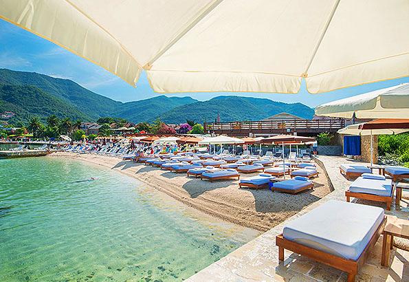 Tivat strandjai Montenegró legjobbjai közé tartoznak