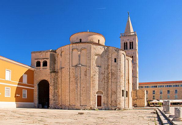 A legszebb látnivaló, s Zadar szimbóluma a Szent Donát templom